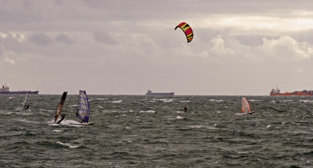 windsurfers hayling 025-Small02JPeg