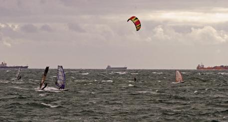 windsurfers hayling 025-Small02JPeg